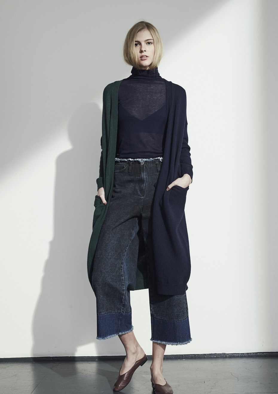 Achro - Color Block Long Cardigan - Navy/Green