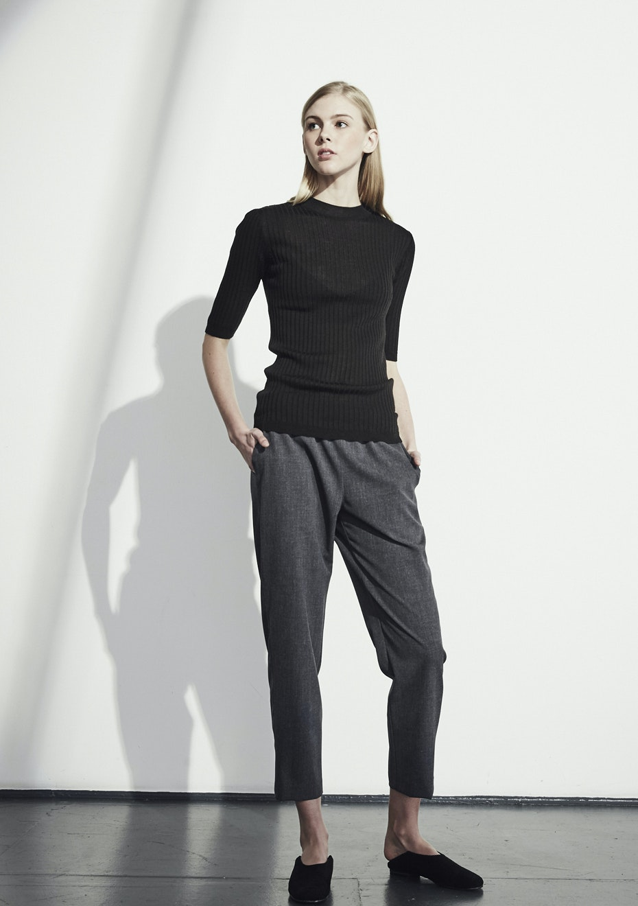 Achro - Short Sleeve Ribbed Sweater - Black