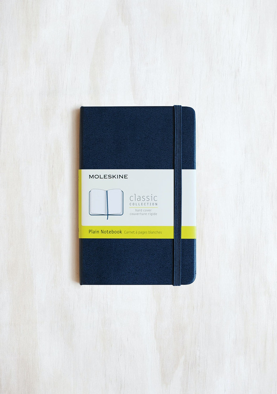 Moleskine - Classic Hard Cover Notebook - Plain - Pocket - Sapphire Blue