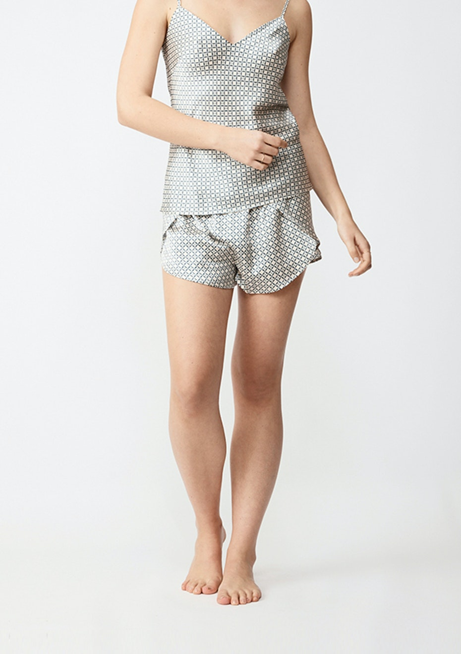 NATALIJA - Silk Shorts - Navy Geo