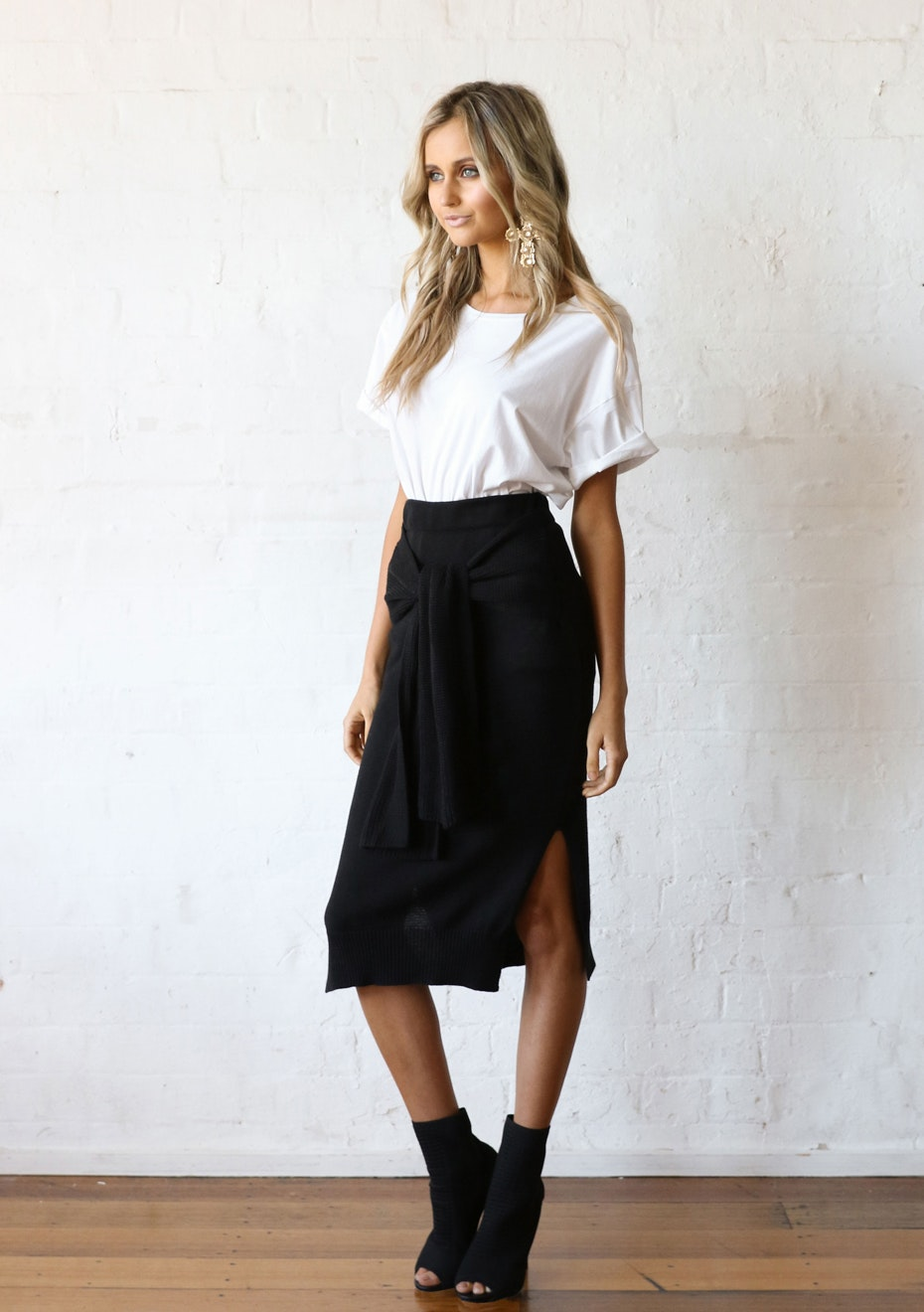 Madison - ROSIE TIE SKIRT - BLACK