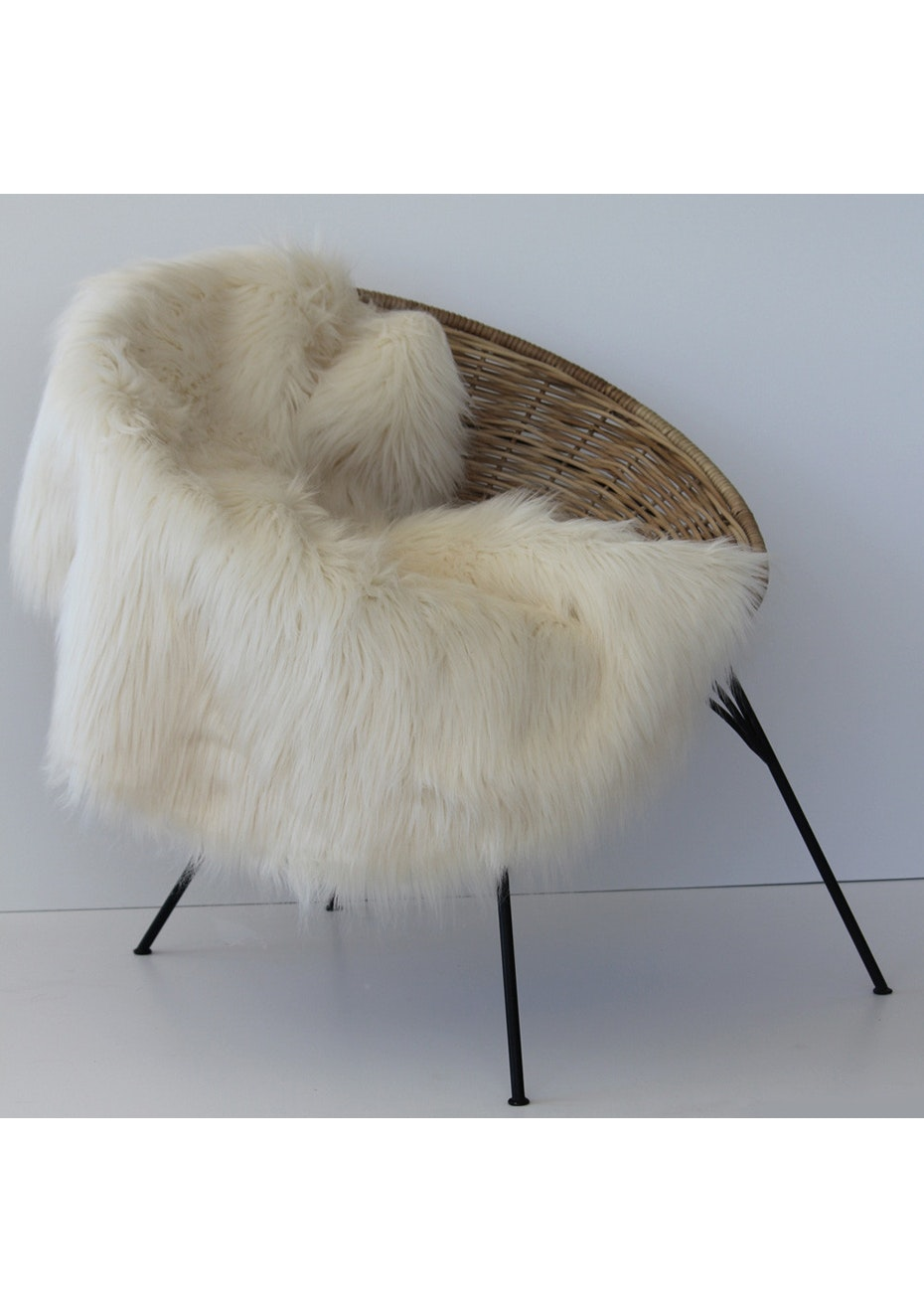 Me & My Trend - Ivory Sheep Rug/Throw