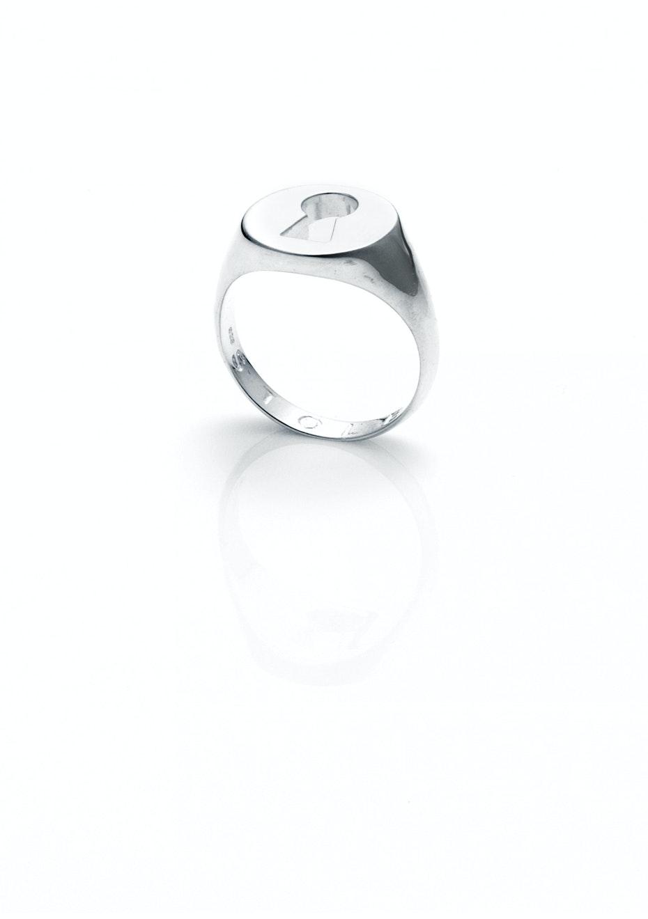 Stolen Girlfriends Club - Keyhole Ring