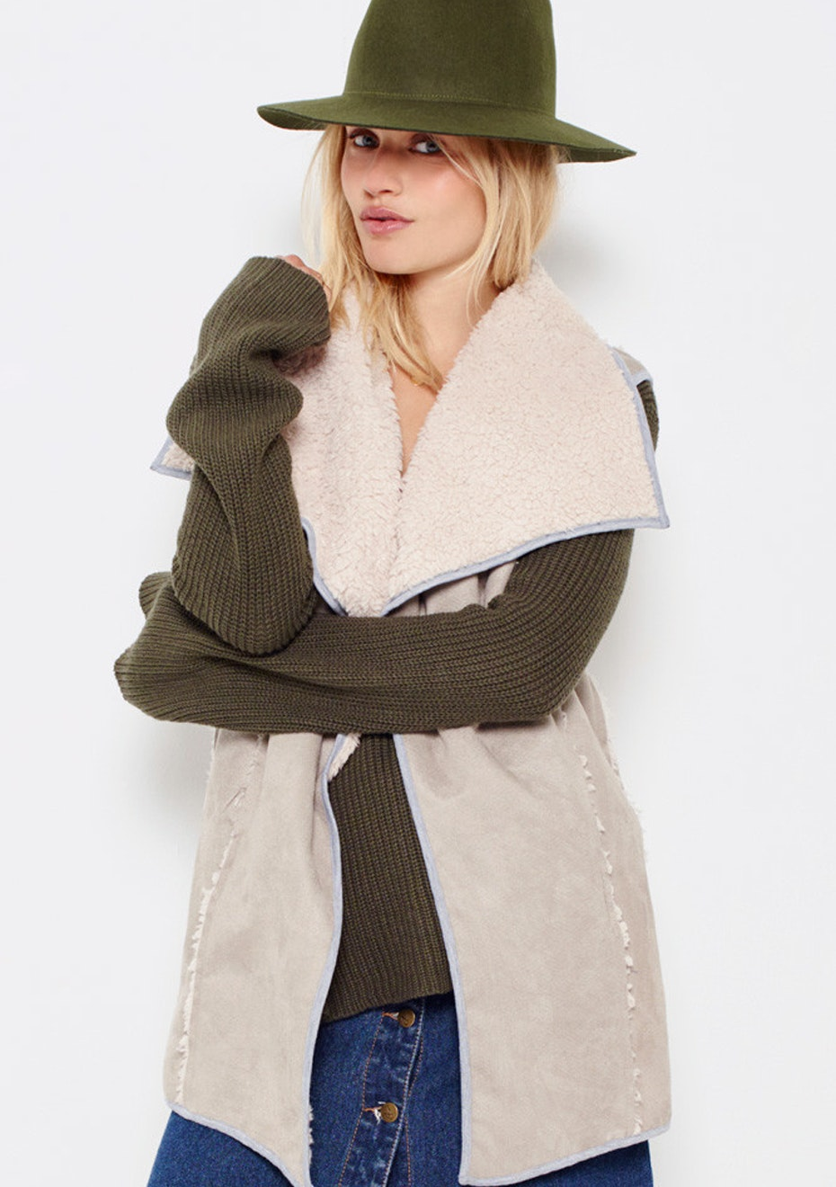 MINKPINK - Midnight Sky Crop Sherpa Vest - Cream