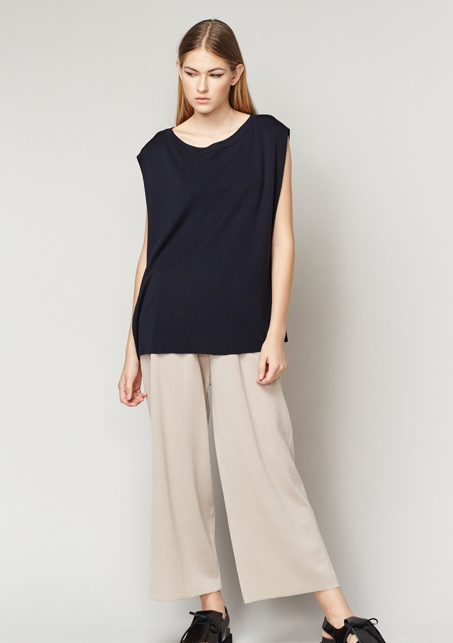 Achro - Linen Mixed Knit Top With Folded Sides - Navy
