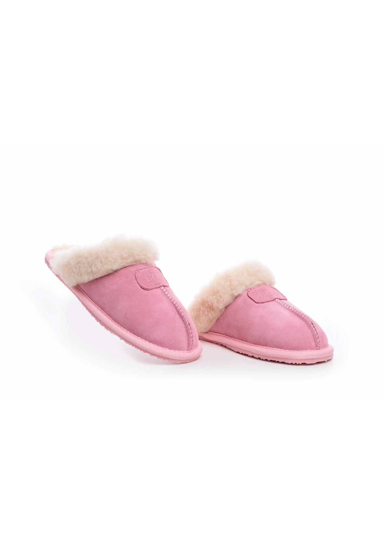 0b7cfafea5d Oz Natives UGG - Womens Classic Slipper - Pink