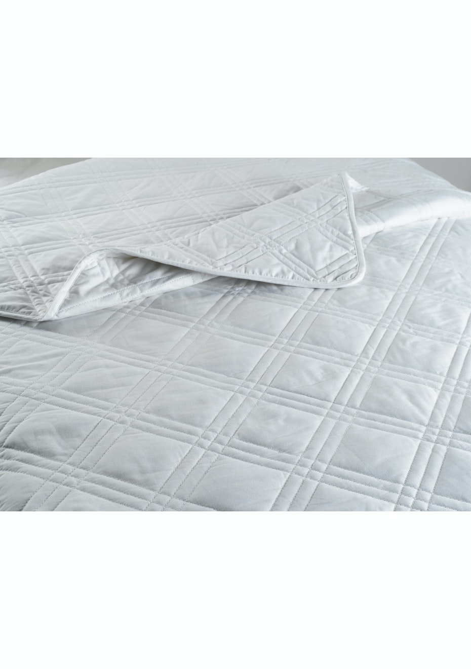 Diamond Quilted Cotton Quilt 250GSM - DB
