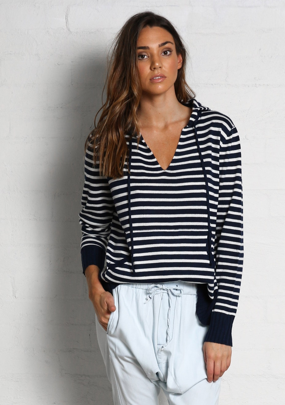 Madison - LOVEABLE HOODED SWEATER - NAVY STRIPE