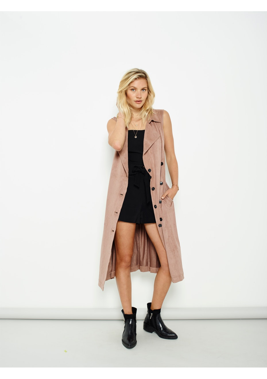 MINKPINK - Suede Sleeveless Trench - Dark Blush
