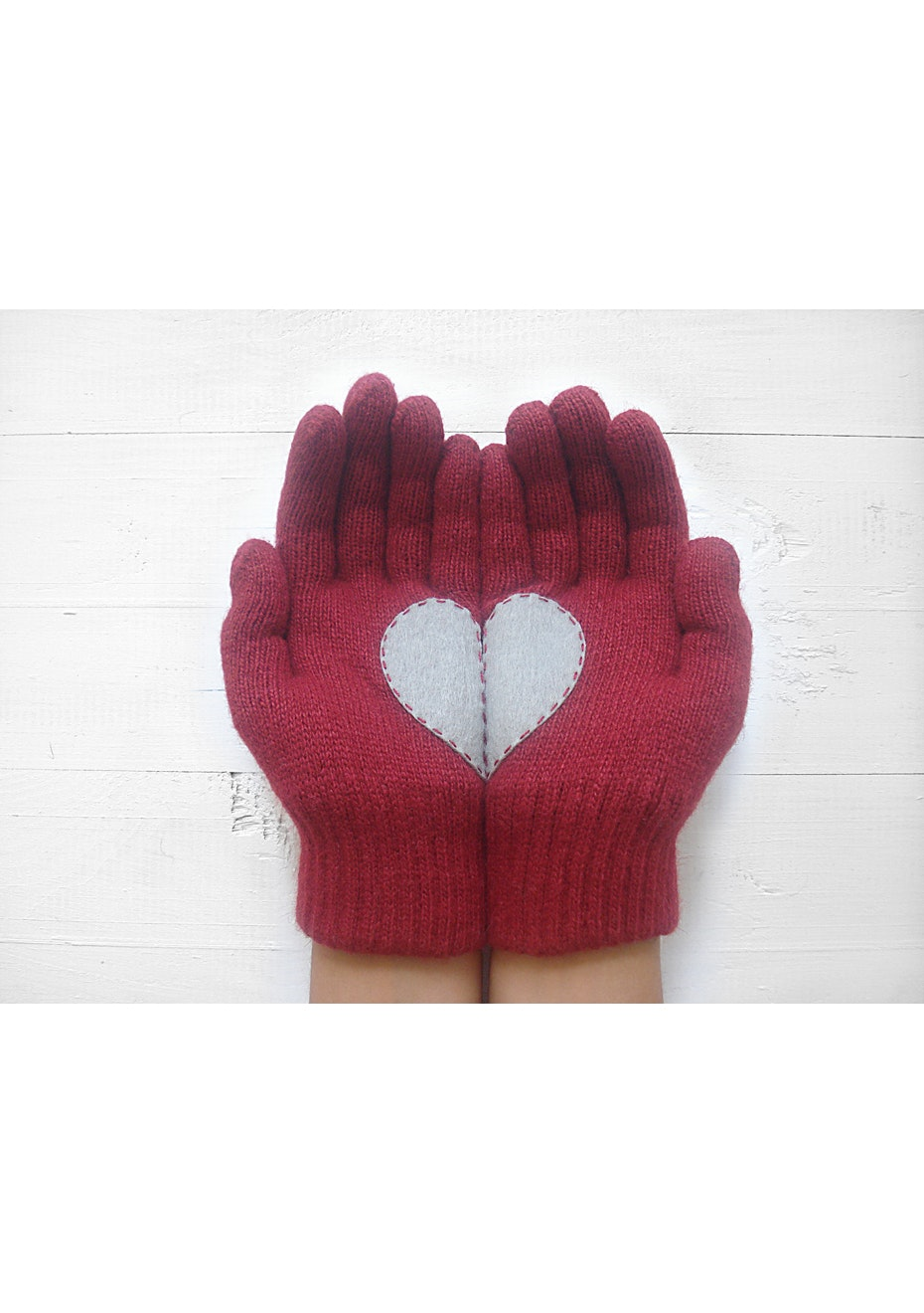 Heart Gloves - Deep Red/Silver