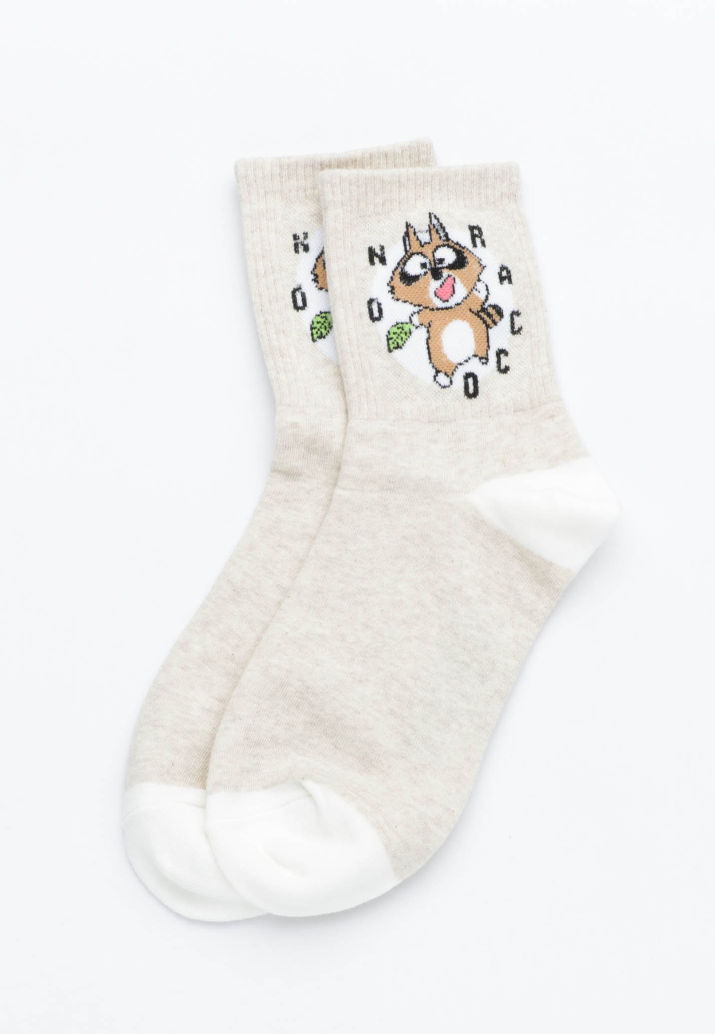 Dancing Raccoon Socks - Oatmeal