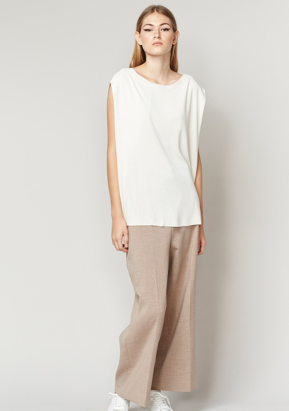 Achro - Linen Mixed Knit Top With Folded Sides - Ivory