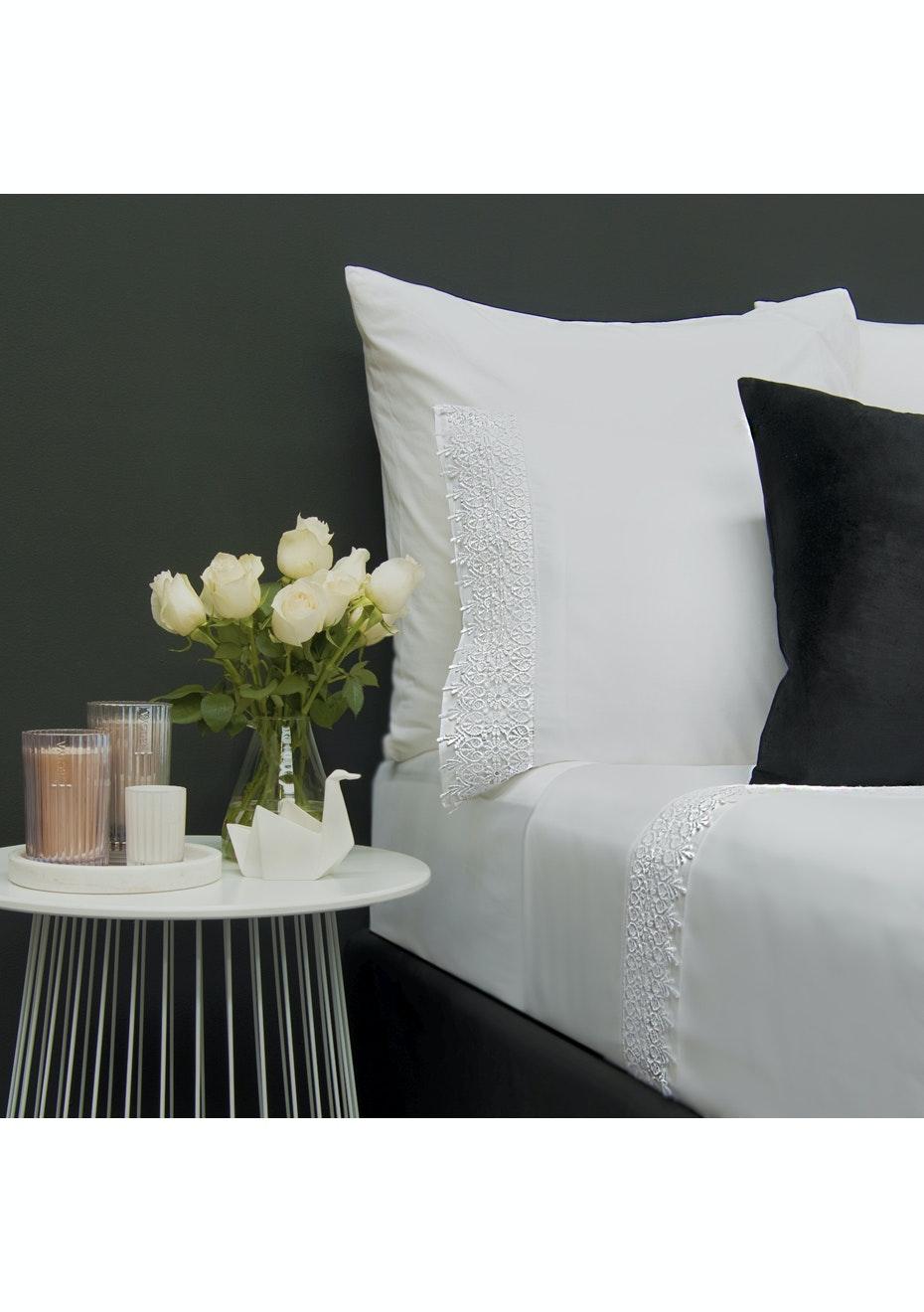 Style & Co 1000 Thread count Egyptian Cotton Hotel Collection Valencia Sheet sets Mega Queen White