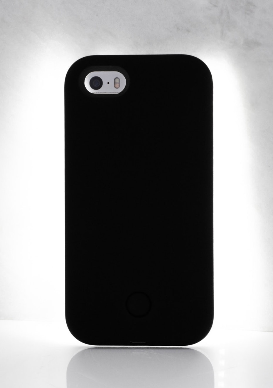 IPHONE 5/5S LIGHT CASE - Black