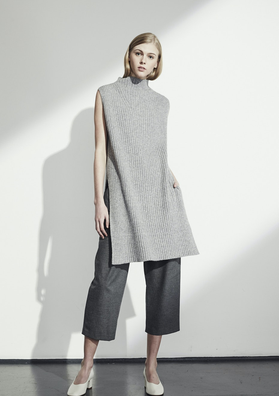Achro - Pleat Front CroppedTrousers - Charcoal