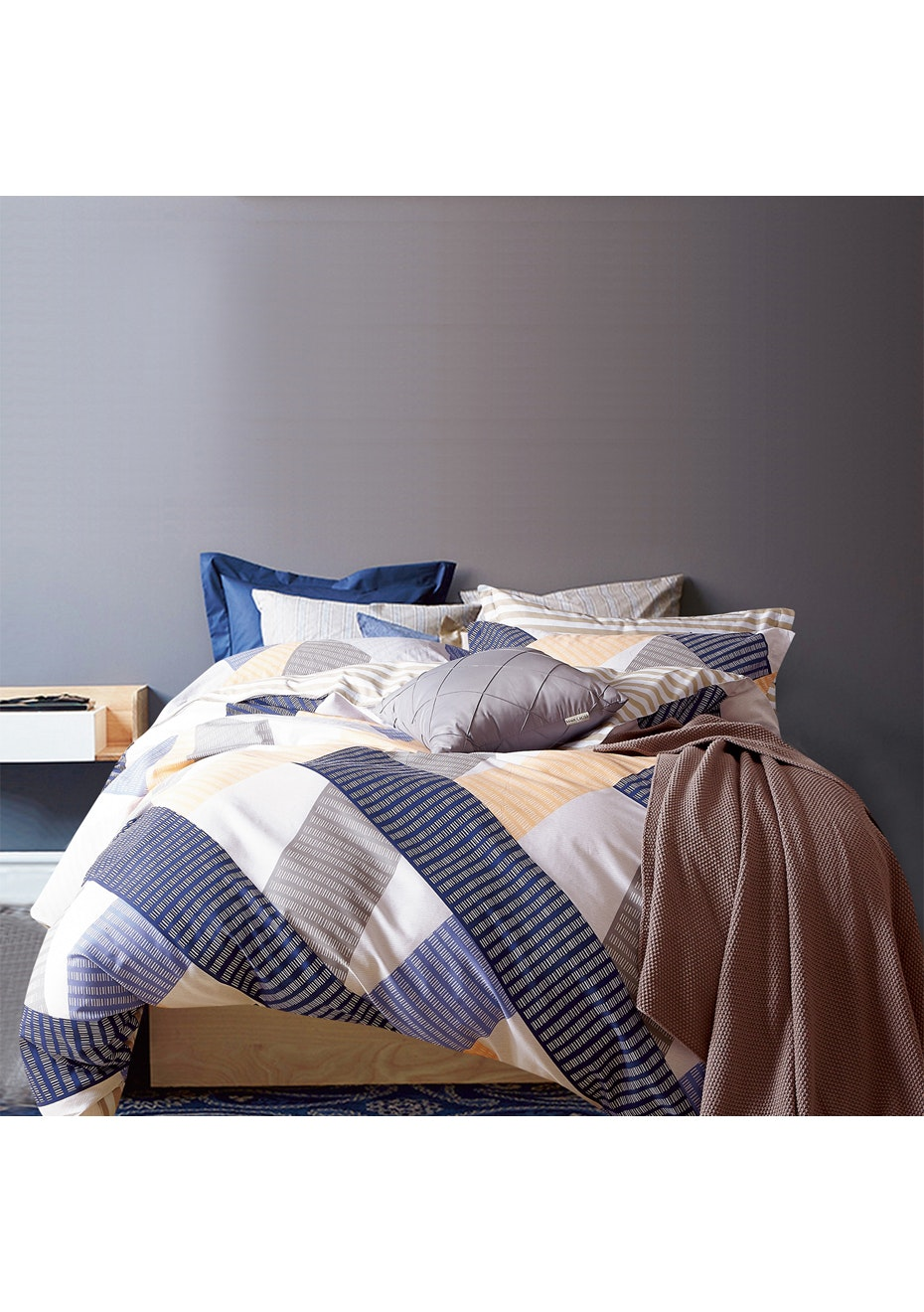 Terrigal Quilt Cover Set - Reversible Design - 100% Cotton - Queen Bed
