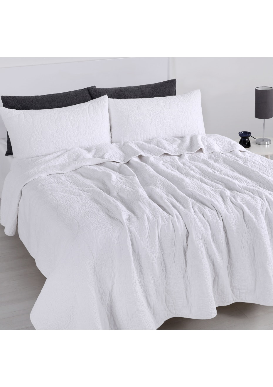 Queen Bed White Linen Cotton Flower Coverlet