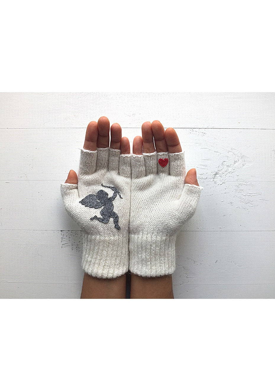 Cupid Fingerless Gloves - Cream