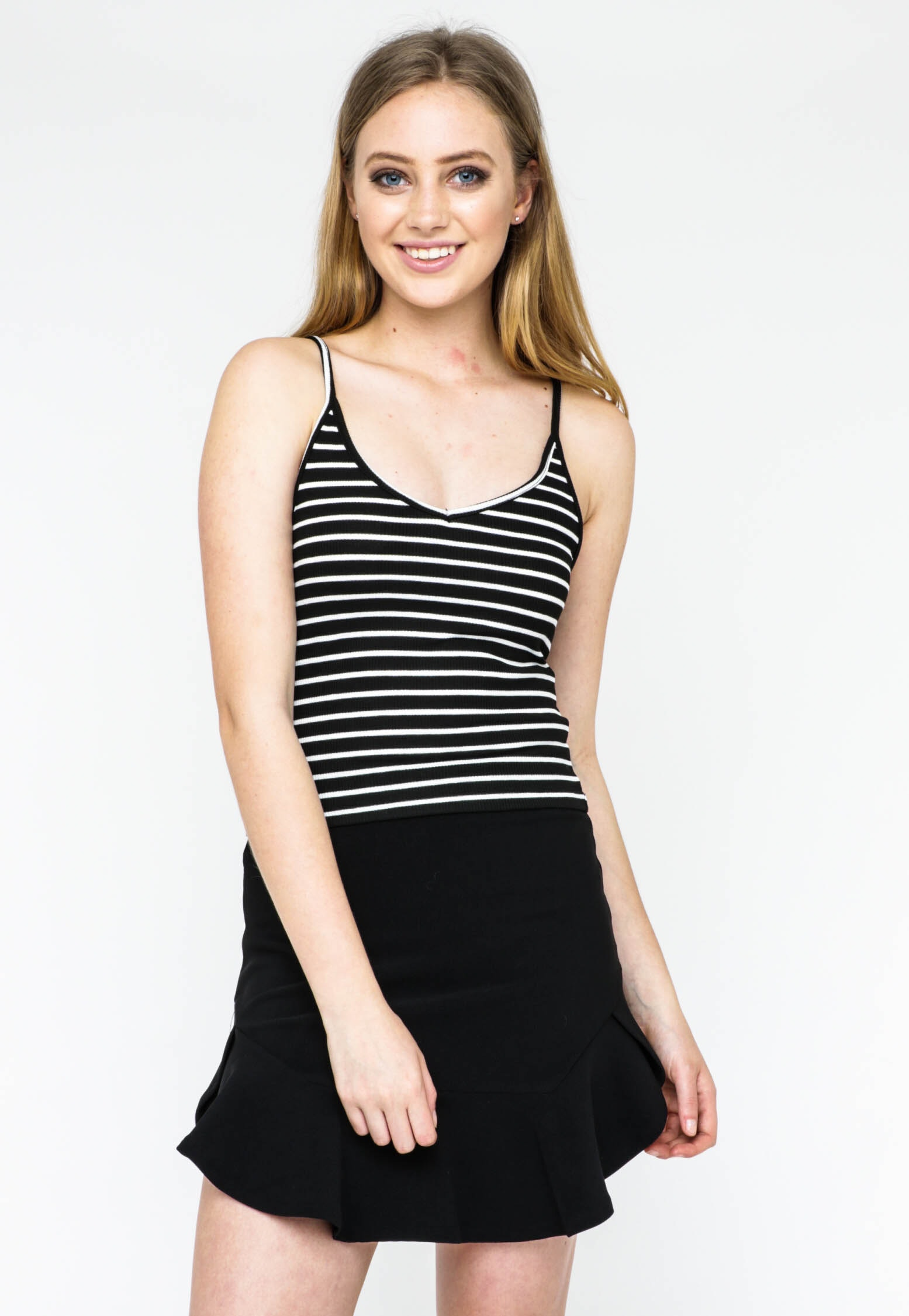 All About Eve - Chain Reaction Crop Tank - Black/White