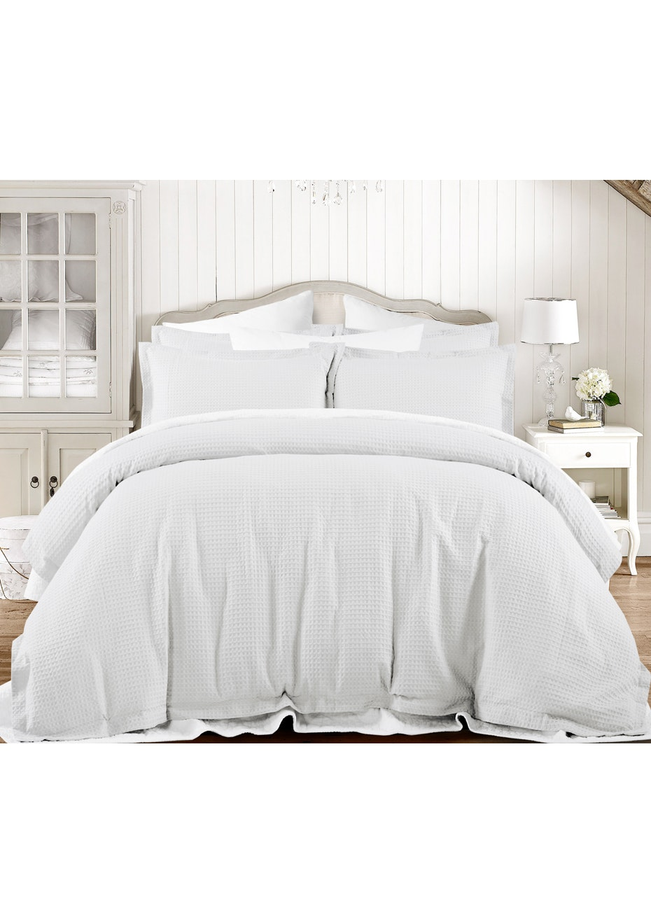 Grand Atelier White Hotel Waffle Quilt Cover Set- Queen Bed