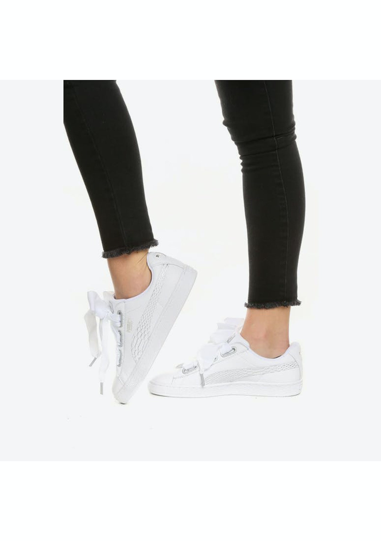 acumular excursionismo Estar confundido  Puma Womens - Basket Heart Oceanaire - White 1 - Activewear Outlet - Onceit
