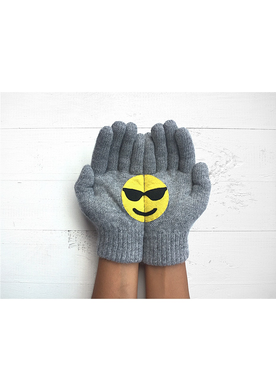 Emoji Gloves - Grey