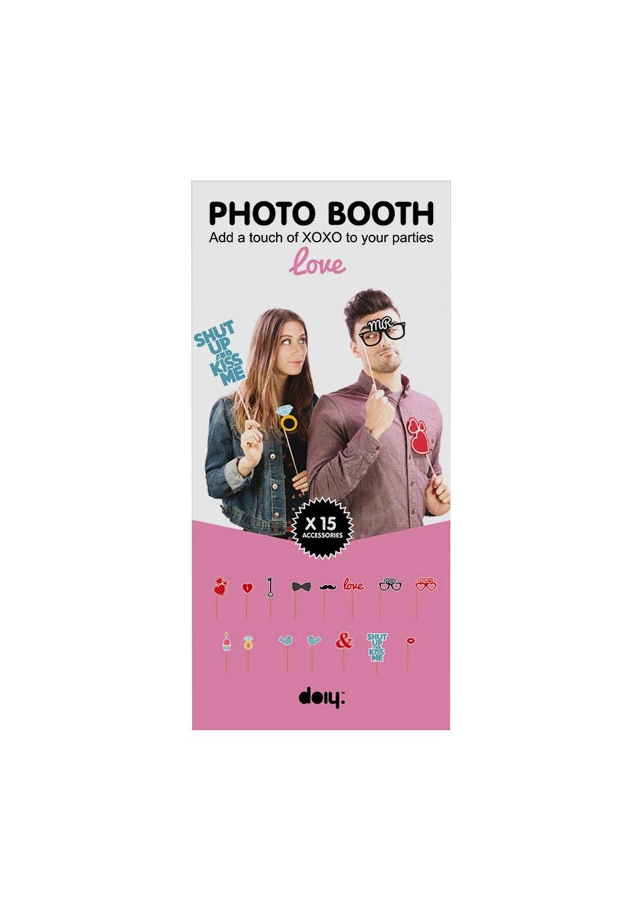 Doiy: Photobooth - Love