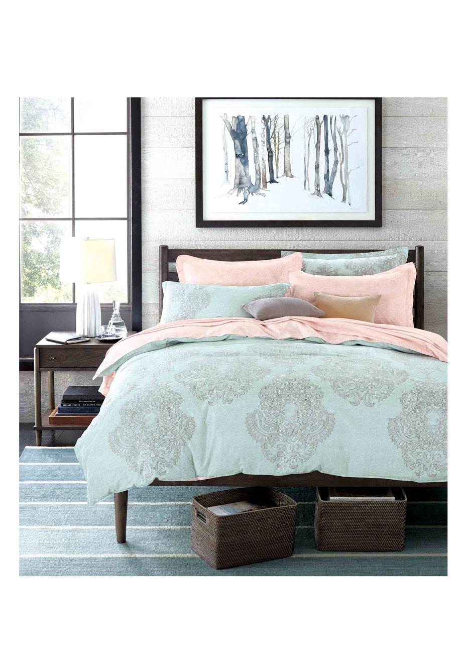 Tamarama Quilt Cover Set - Reversible Design - 100% Cotton Queen Bed