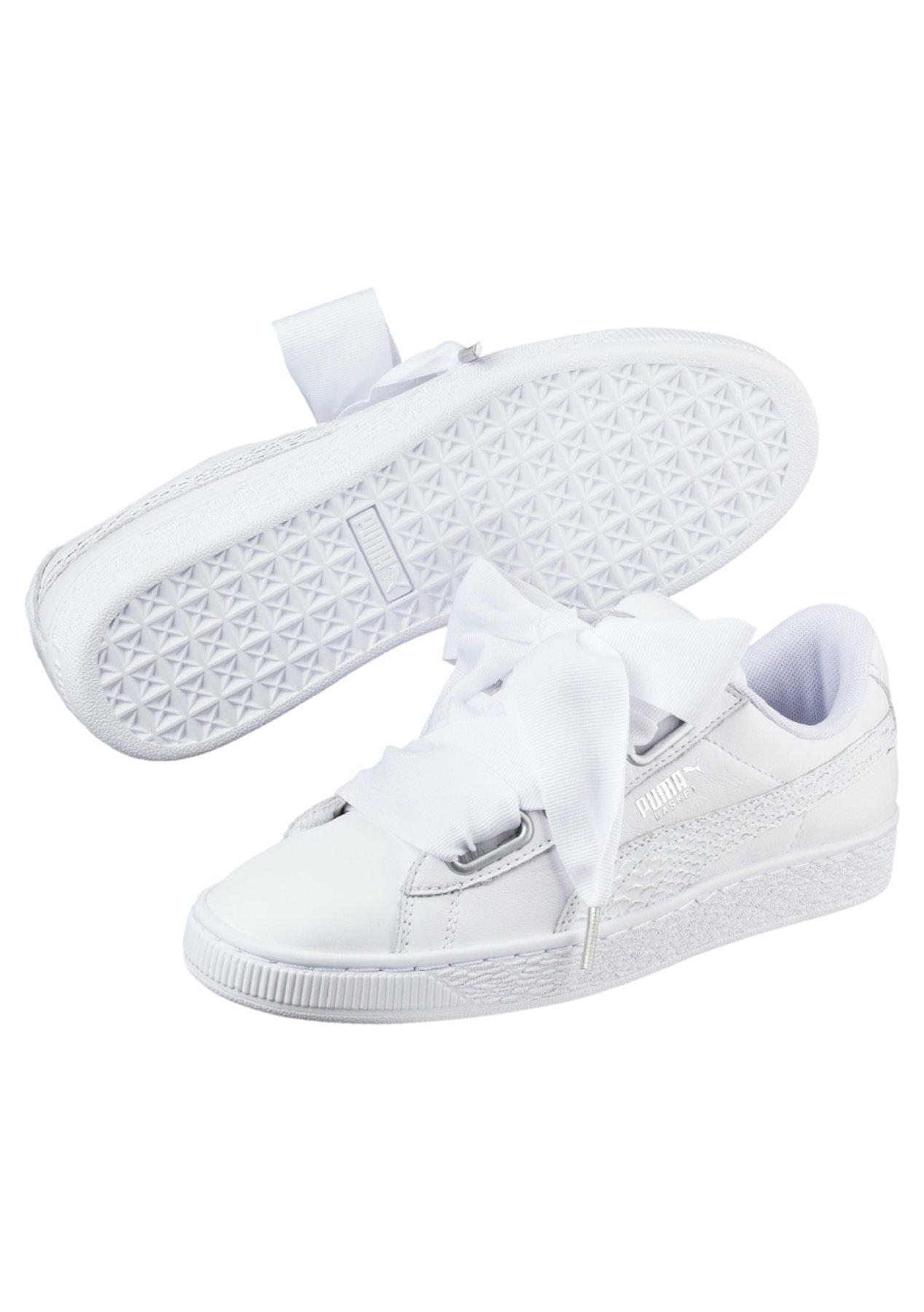 newest collection 5f62d 00860 Puma Womens - Basket Heart Oceanaire - White