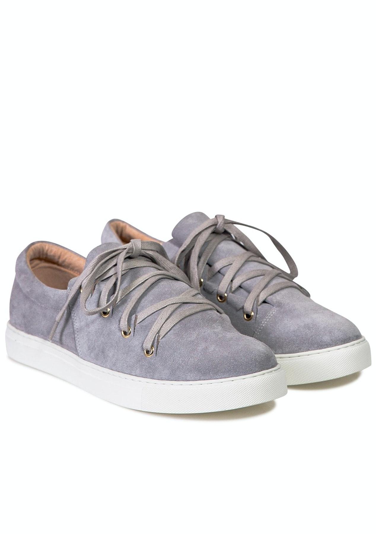 2c03c749c58d5e Julian Danger - Lola Sneaker - Cloud Suede - Designer Outlet - Onceit