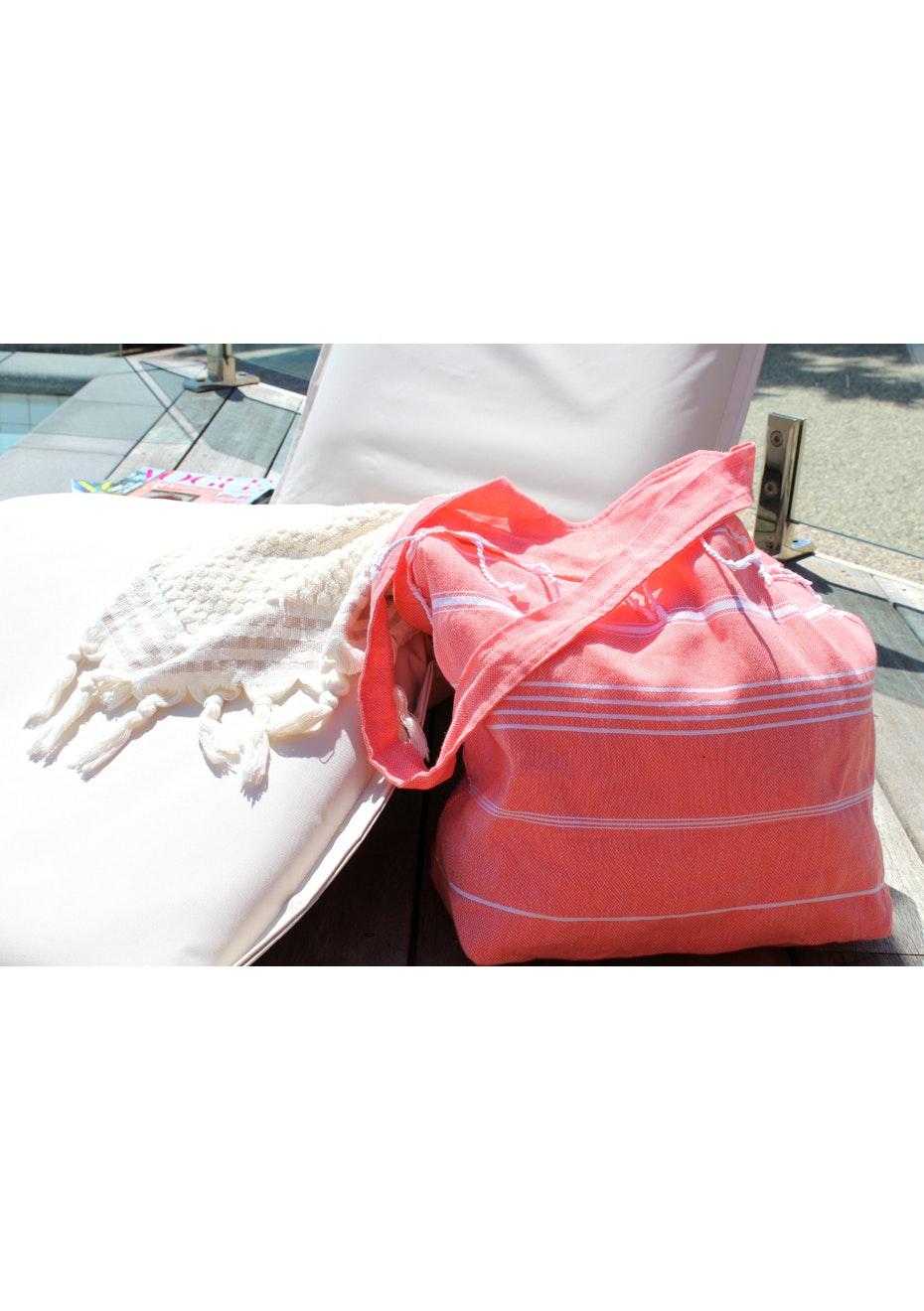 De La Mer Coral Beach Bag