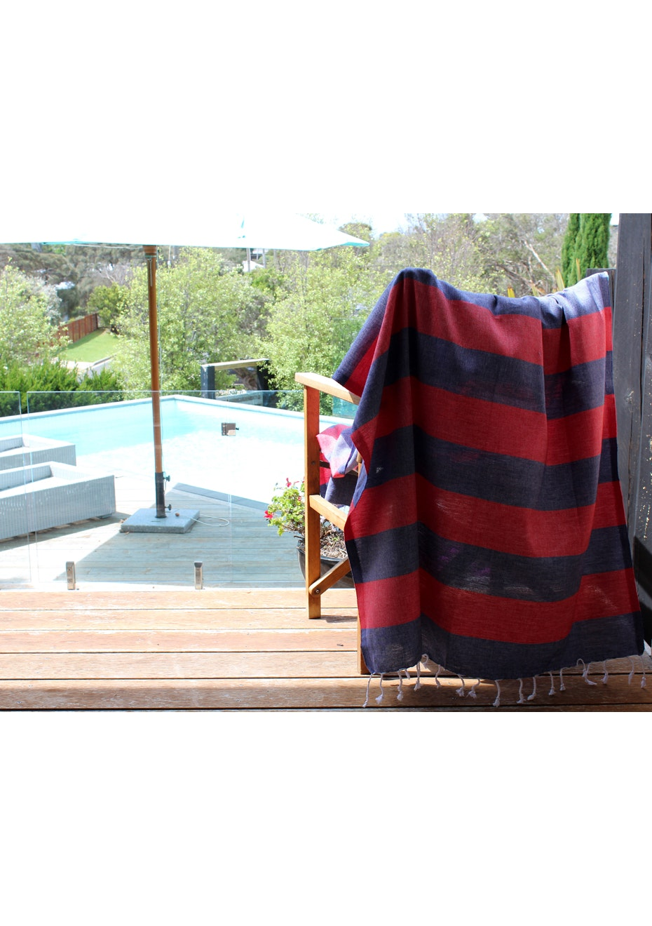 Tenedos Navy & Red Turkish Towel