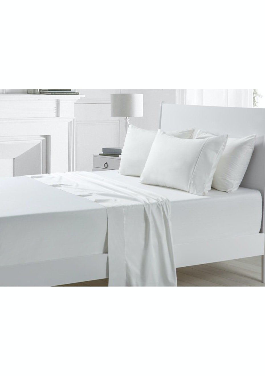 White 300TC Cotton Sateen Sheet Set - Queen Bed