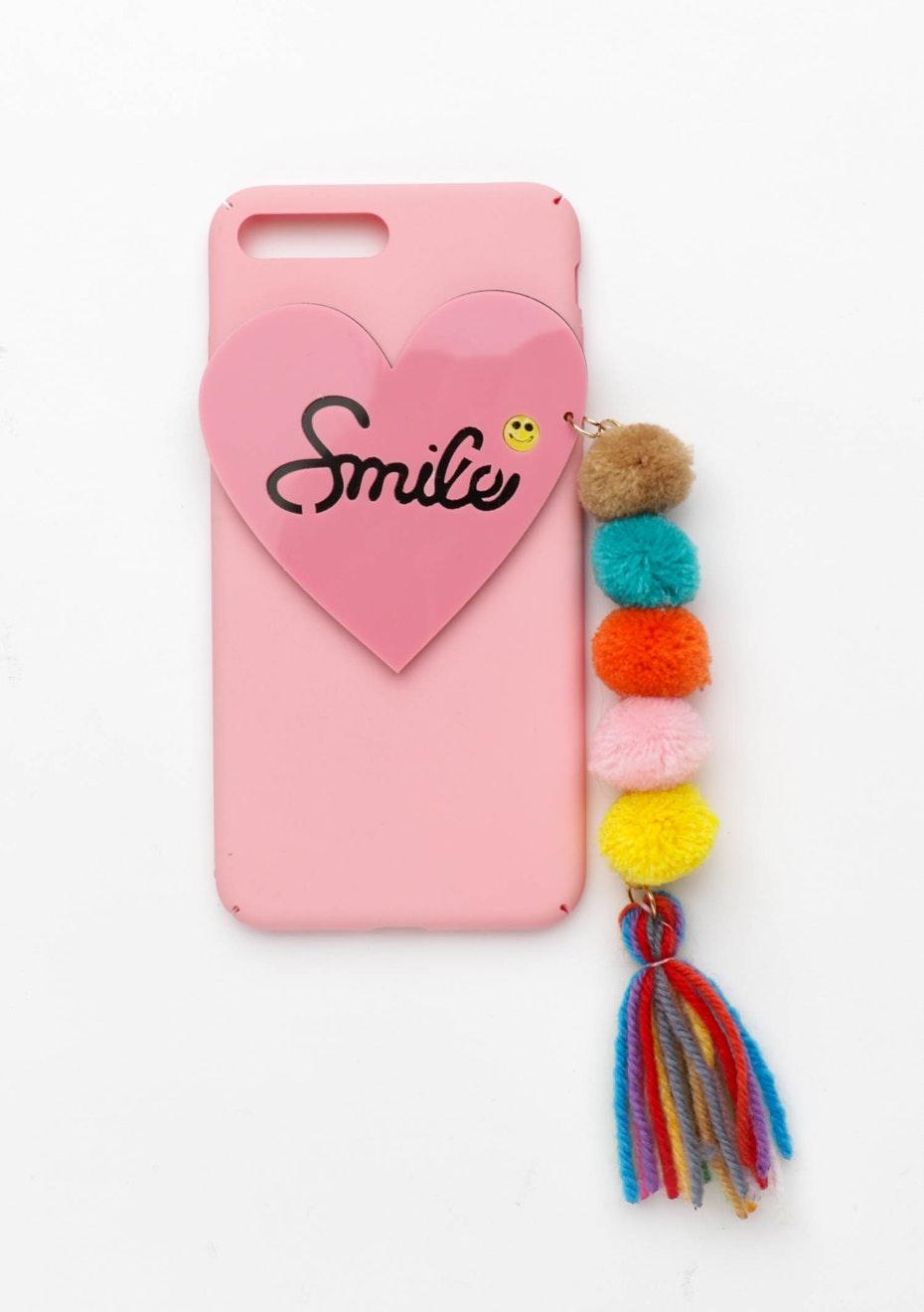 Smile Pom Pom Case - Iphone  7 Plus