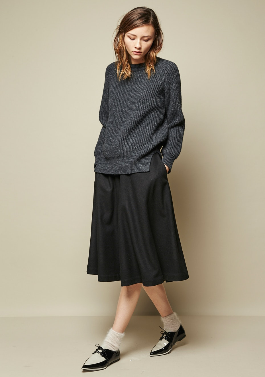 Achro - Chunky Knit Round Neck Sweater - Charcoal