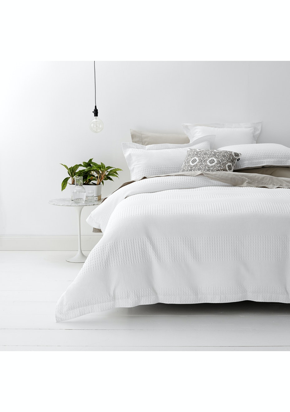 Style & Co 100 % Cotton Jacquard Waffle Quilt Cover set Double Bed White