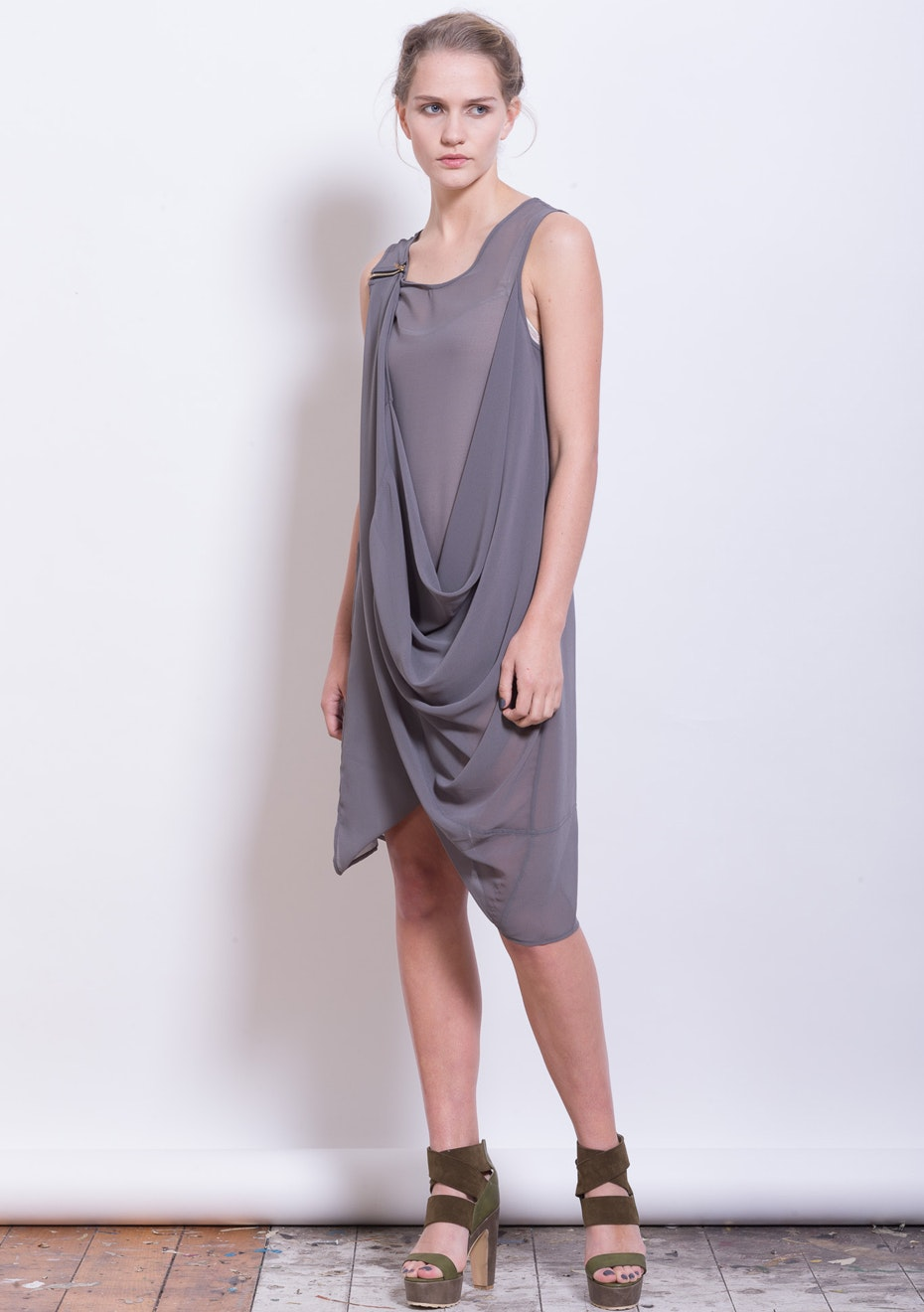 X-Plain - Magical Display Dress - Silver Stone