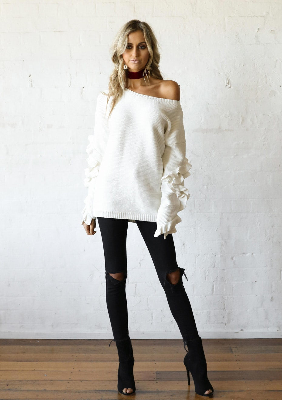 Madison - HADID RUFFLE KNIT - WHITE