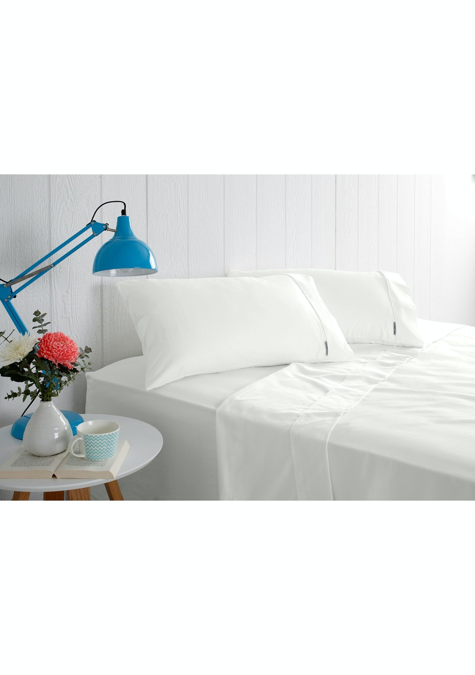 Odyssey Living 1000 Thread Count – Cotton Rich Sheet Sets - White - Queen Bed