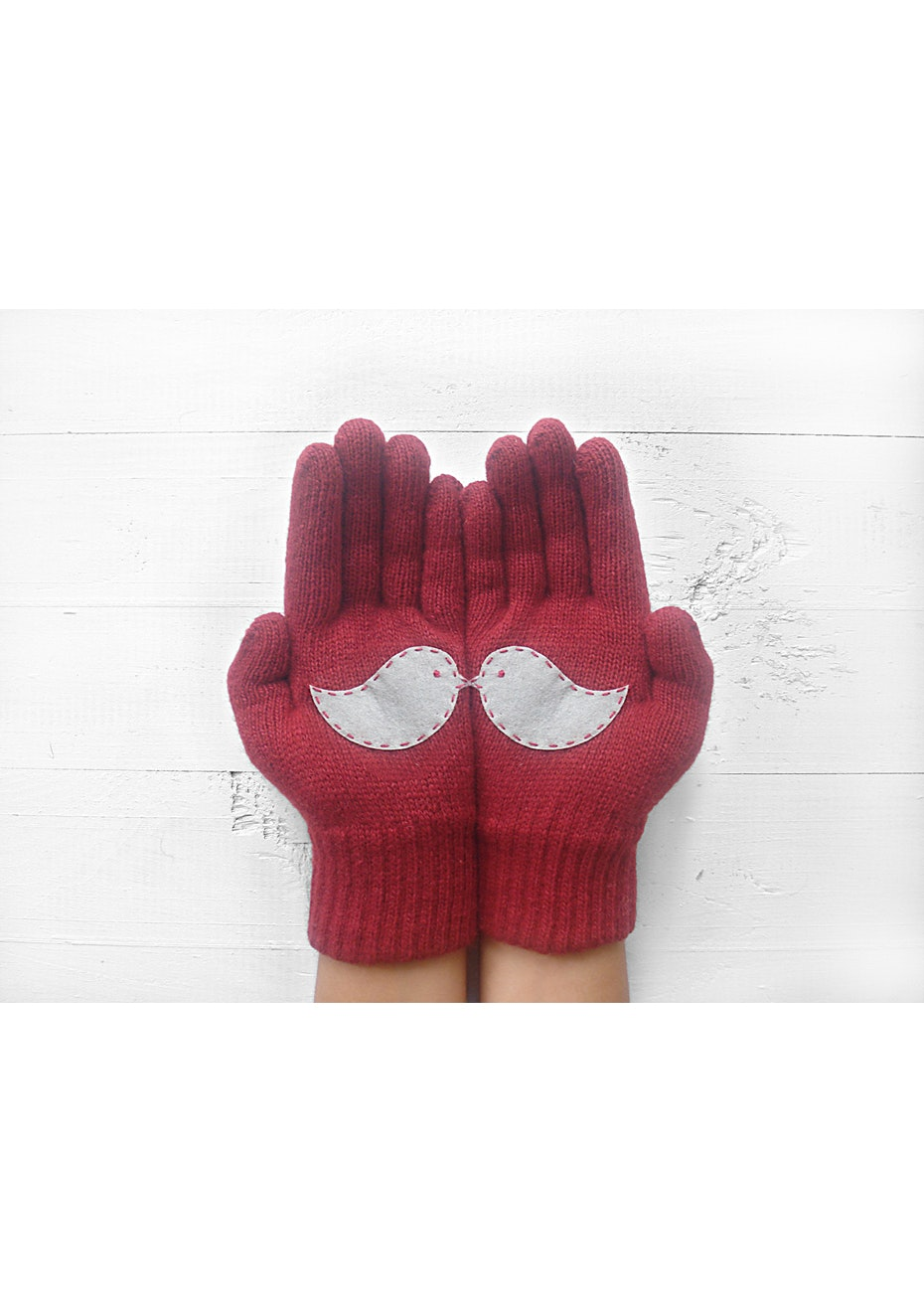 Love Birds Gloves - Deep Red/Grey