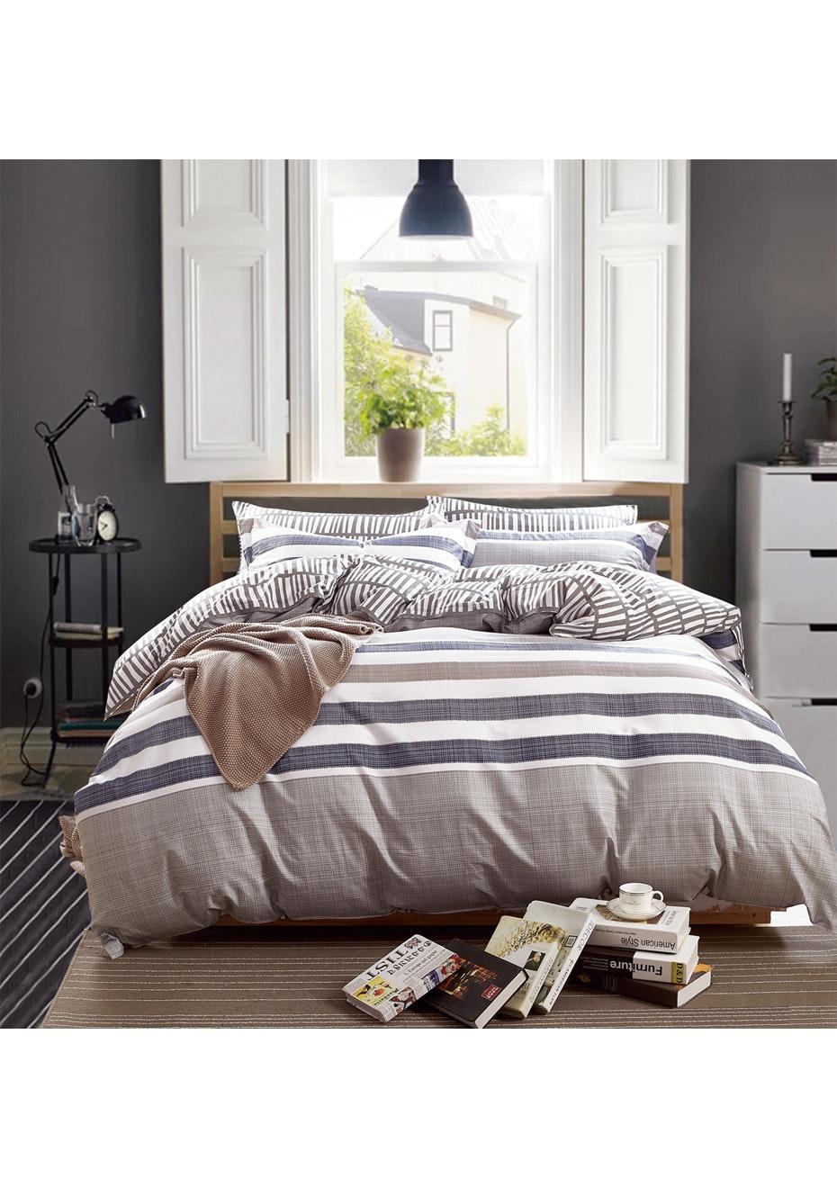 Ballina Quilt Cover Set - Reversible Design - 100% Cotton - Queen Bed