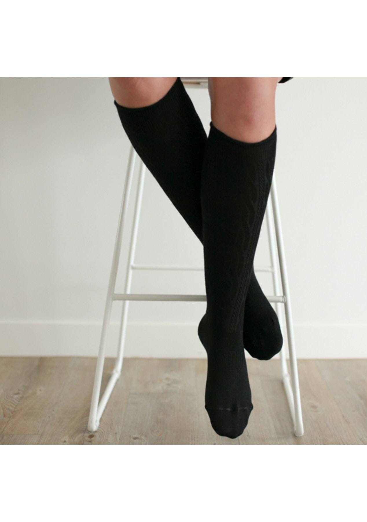 1f3540b67 2 Pair Womens Knee High Socks - Black Cable - Christmas Giftopia - Onceit