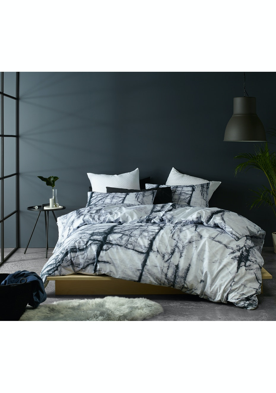 Calcutta Quilt Cover Set - Queen Bed