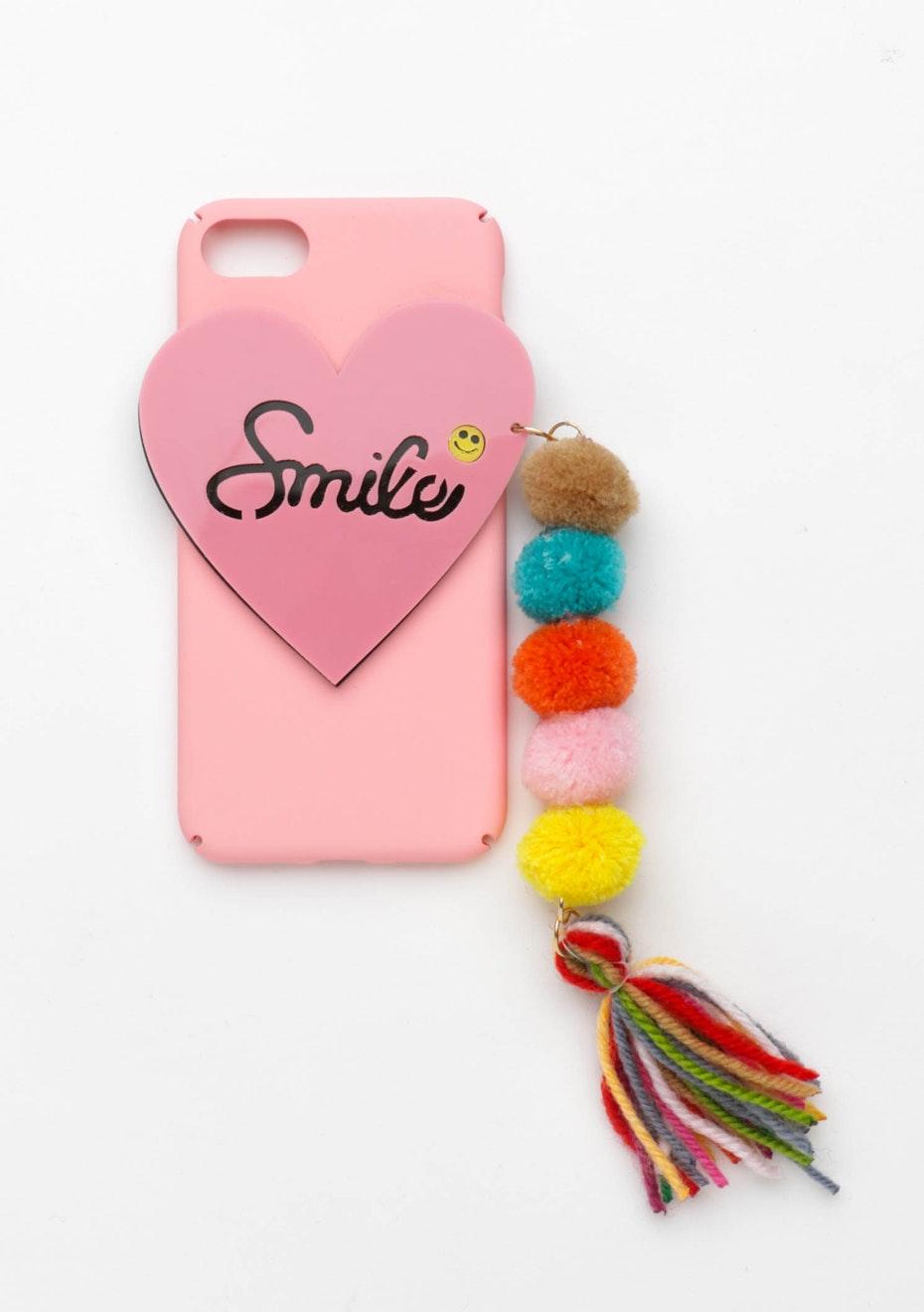 Smile Pom Pom Case - Iphone 6 Plus