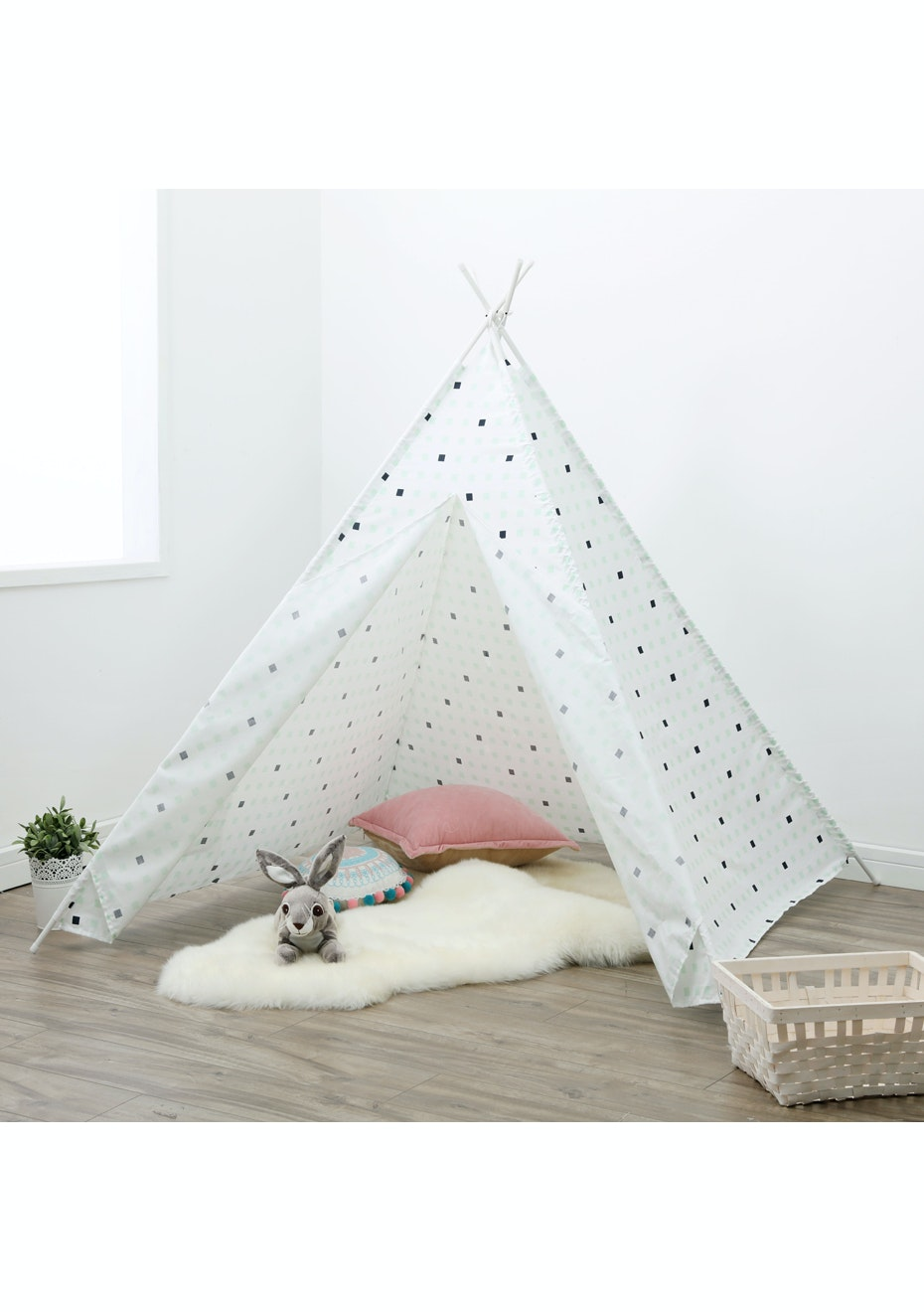 Large Check Tee Pee Tent