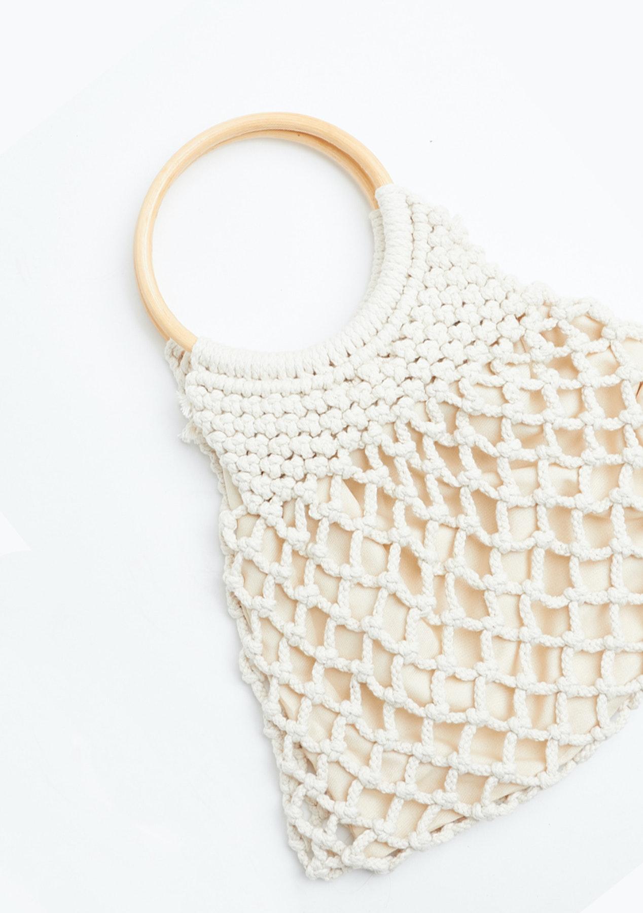 Circular Wooden Handle Net Handbag White