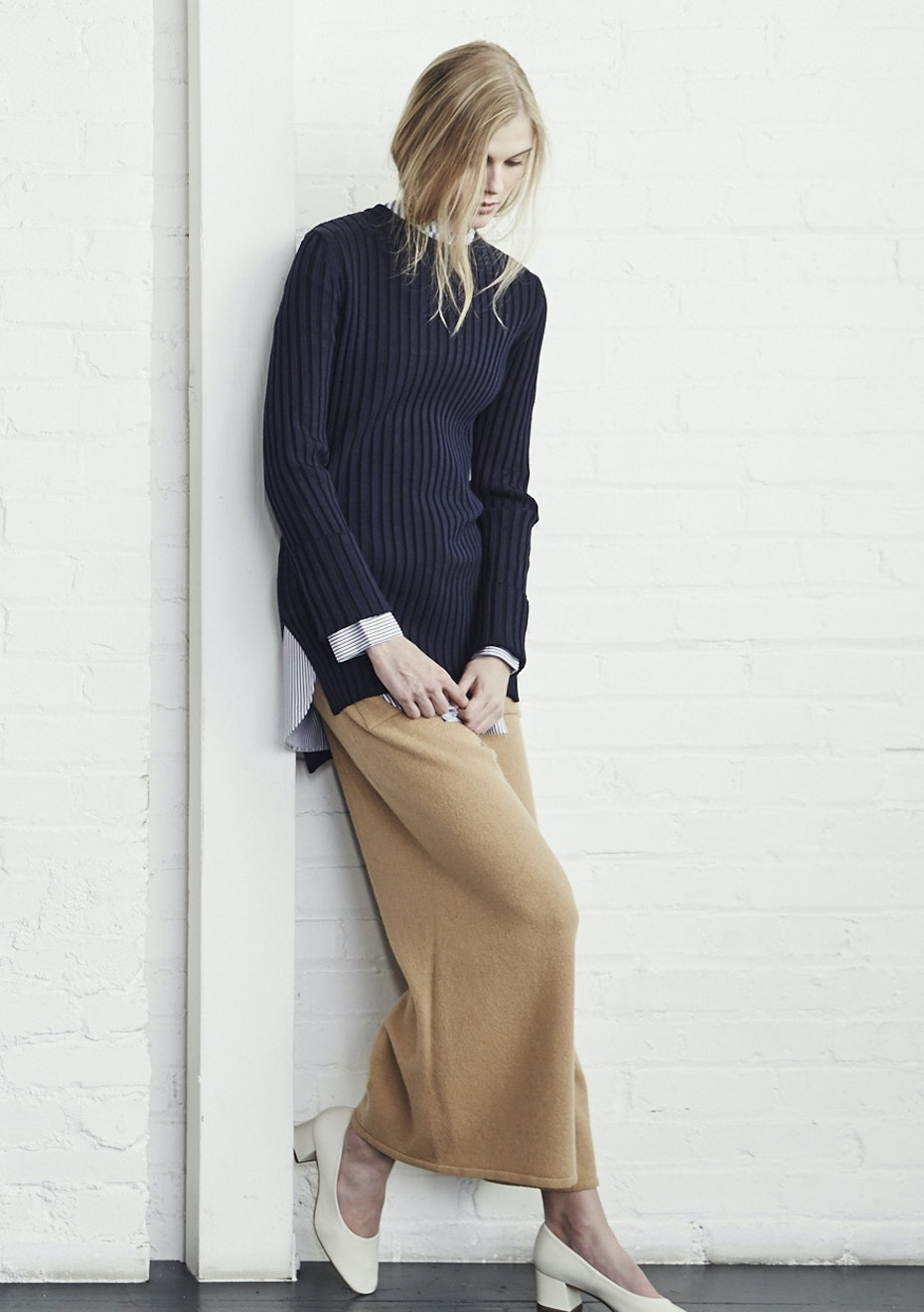 Achro - Long Sleeve Ribbed Sweater - Navy