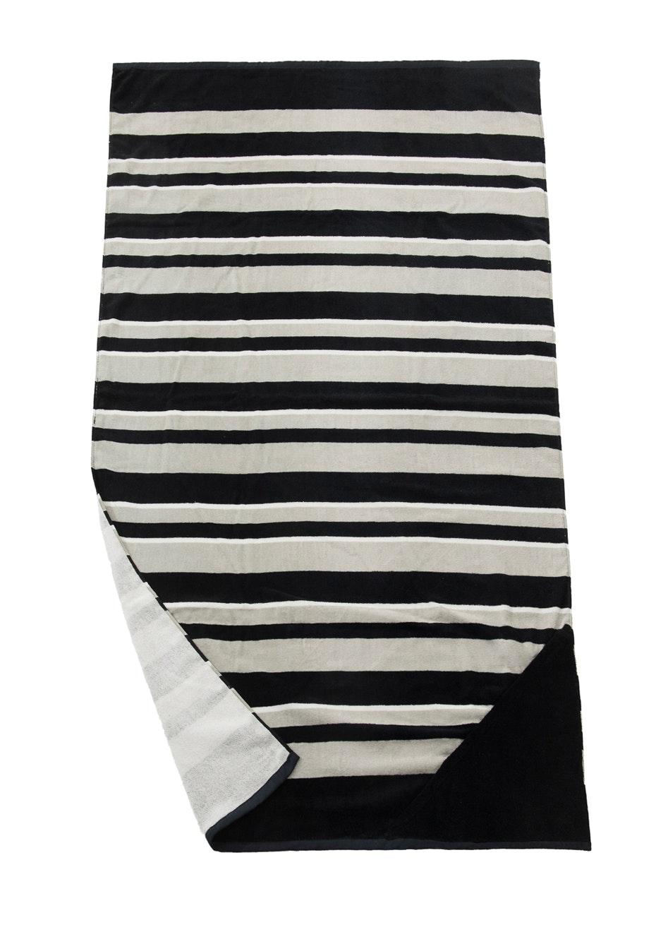 Sorrento Beach Towel With Pocket Black