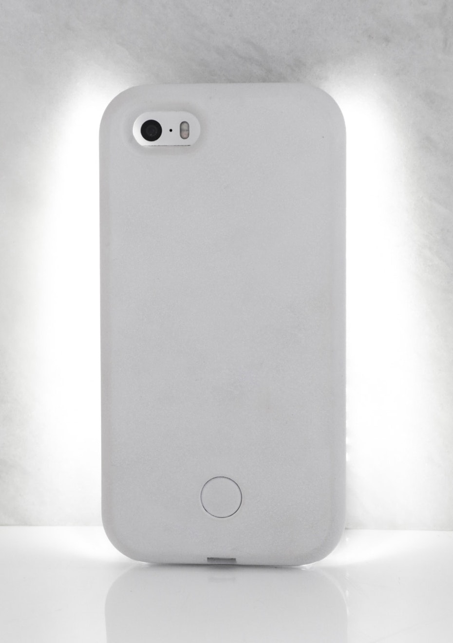 IPHONE 5/5S LIGHT CASE - White