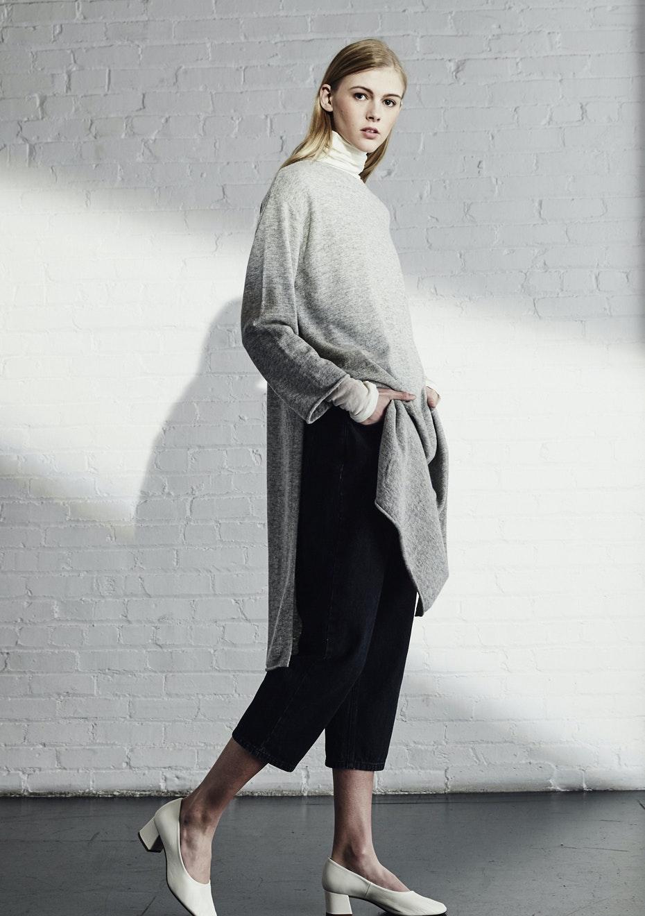 Achro - Side Slit Long Sweater - Heather Gray